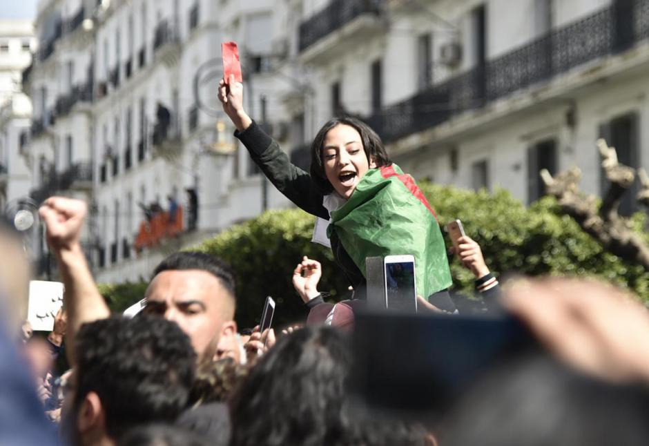 L'Algérie écrit son histoire