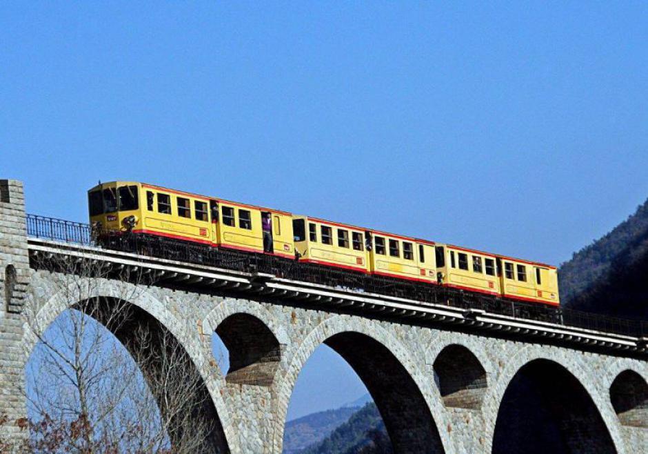 Train jaune. Le chantier permanent (L'Indep)
