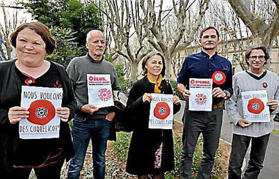 Pesticides. Plusieurs milliers de signatures pour les Coquelicots des P.-O.