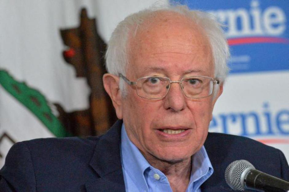 Bernie Sanders demande à Poutine de « rester loin »