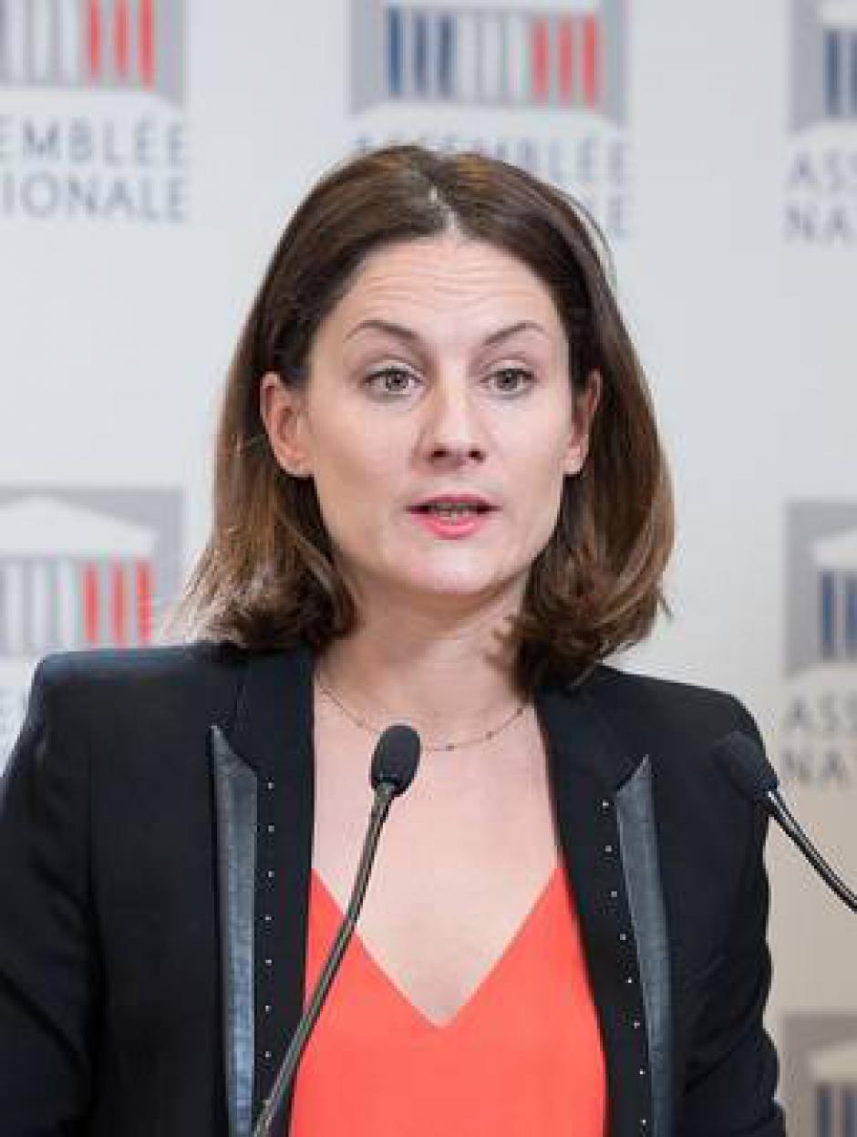 Elsa Faucillon invité de Soir 3 sur France 3