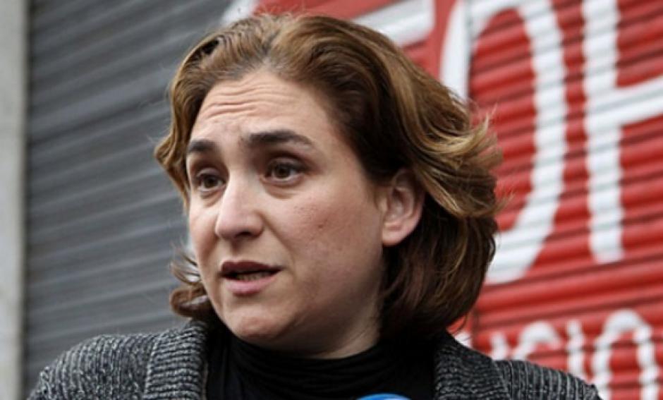 Ada Colau, la Maire de Barcelone, n'accepte aucune leçon