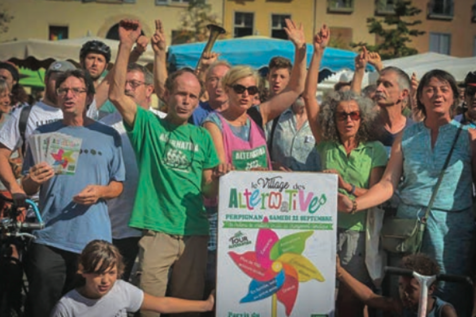 Tour Alternatiba. L'hypercentre carbure aux écologies alternatives