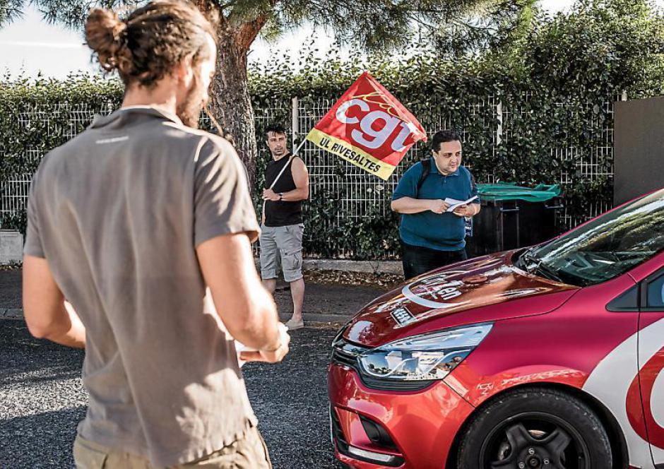 Rivesaltes. Mobilisation contre les licenciements devant les portes de l'auto-école CESR