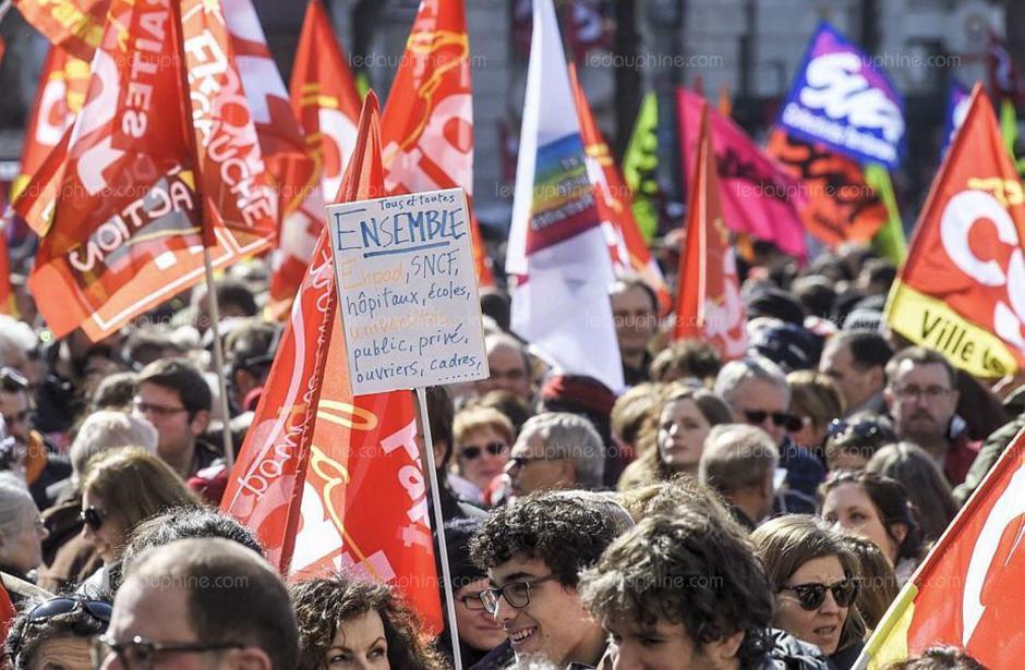 Manifestation unitaire du 9 octobre. Communiqué du PCF 66