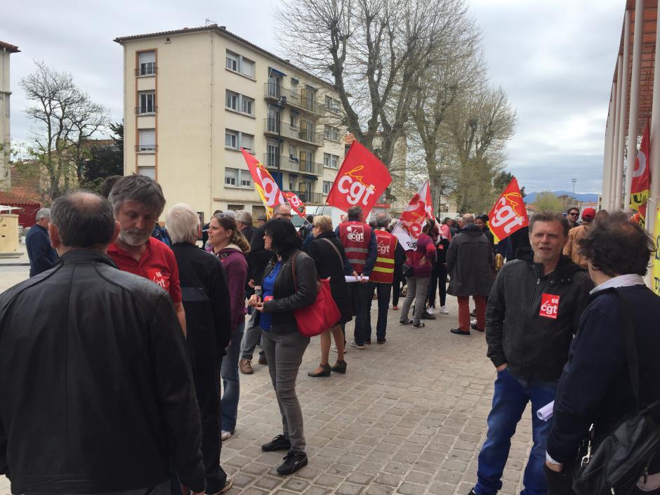 Divers mouvements sociaux se font entendre dans Perpignan.