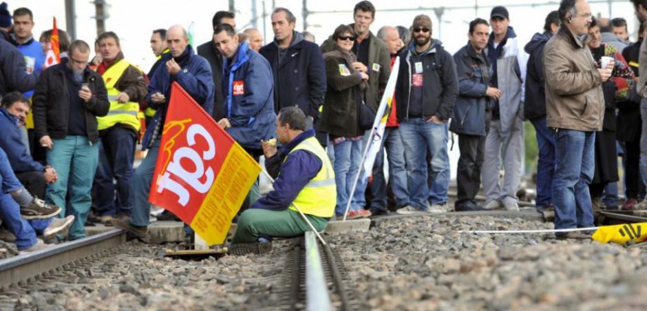 Avec la grève. Les cheminots veulent peser sur les négociations