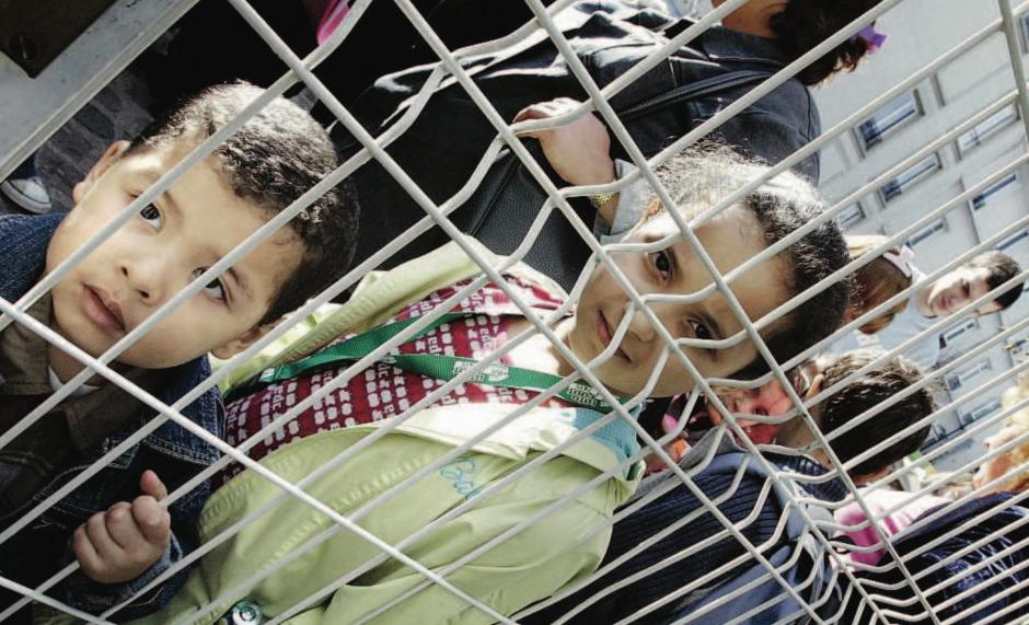 304 enfants enfermés en centres de rétention