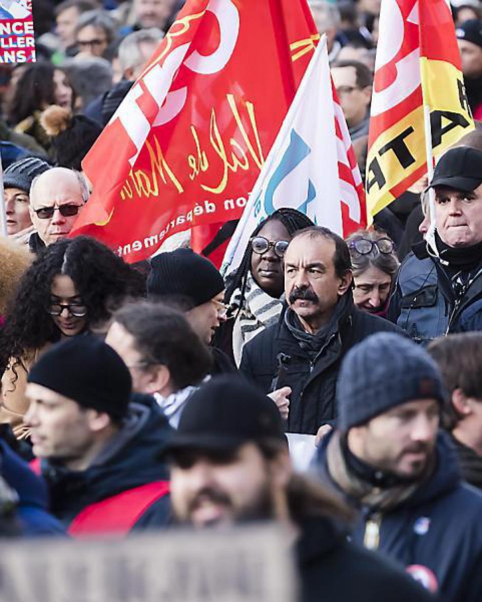Les syndicats vent debout. « Le mécontentement reste entier »