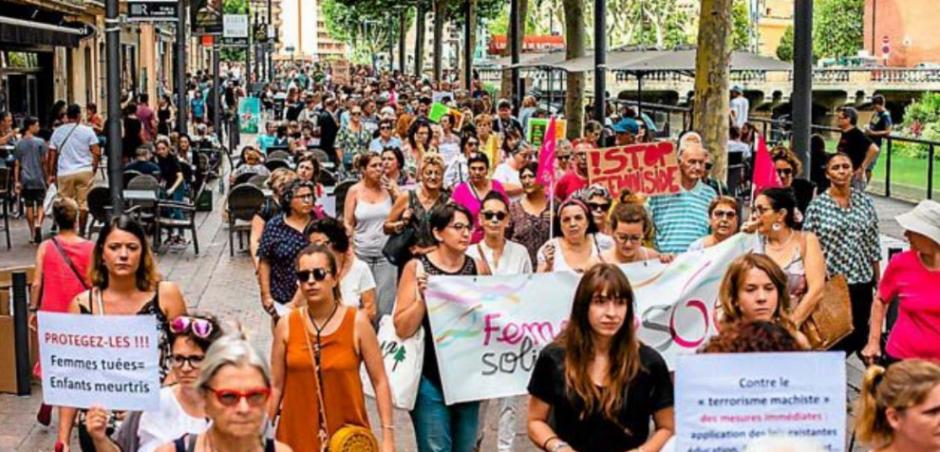 Perpignan. Près de 400 personnes pour dire « stop aux féminicides »