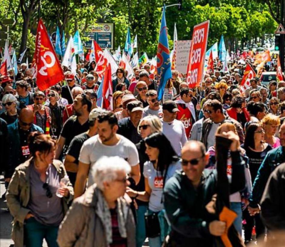Manifestation pour la Fonction publique. « Quelque soit la couleur de notre drapeau, on est dans le même camps »