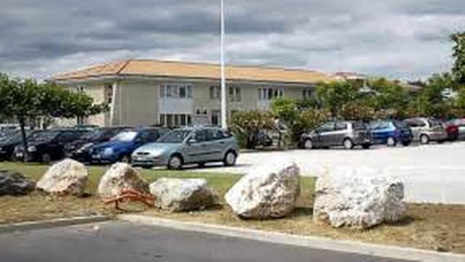 Grève reconduite à la clinique La Pinède