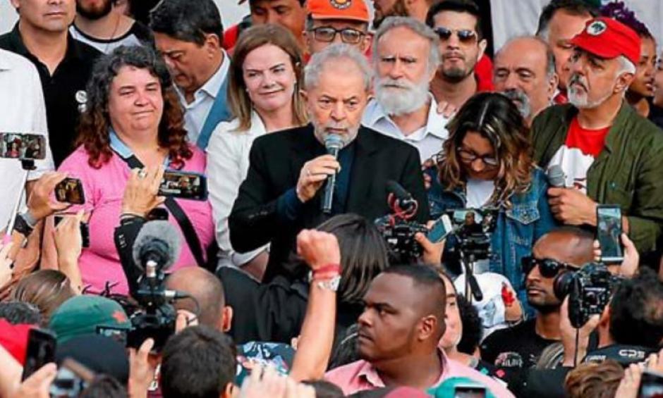 Brésil. L'ancien président Lula sort de prison « sans haine »