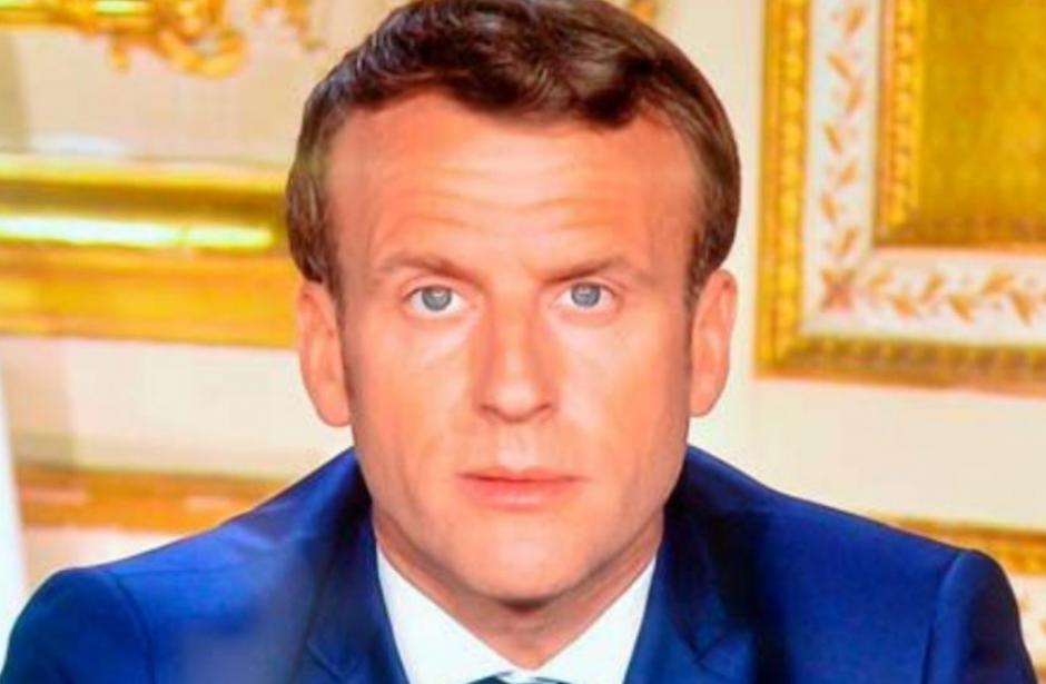 Macron reste droit dans ses bottes