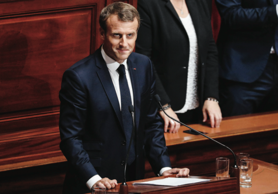 Versailles. Macron totalement déconnecté des Français