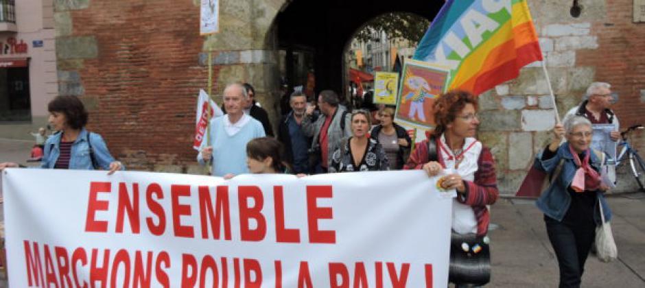 Contre Macron, pour la Paix, pour la démocratie en Catalogne… cette fin semaine nous avons battu le pavé Perpignanais !