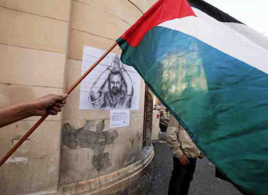 Le fusain comme arme en soutien aux Palestiniens