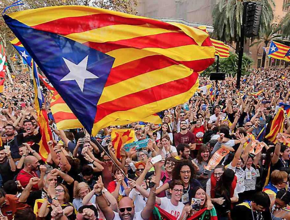 Il y a un an, le Parlement de CLatalogne proclamait la République