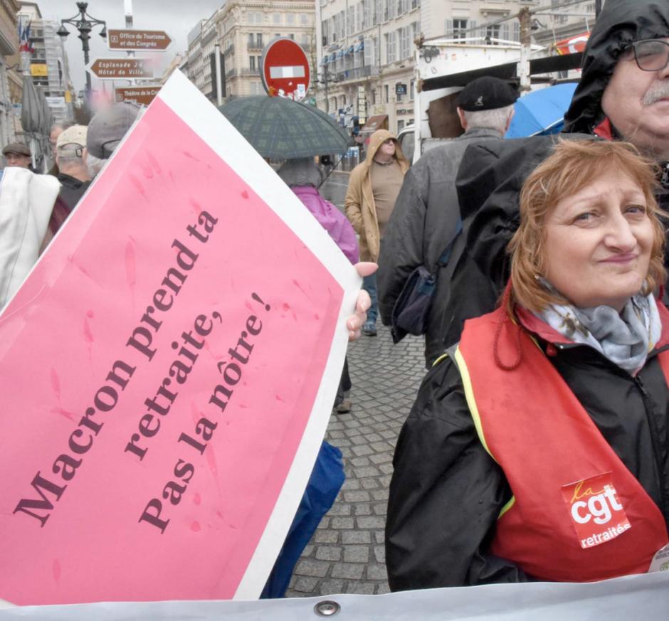 Pourquoi les seniors sont dans le collimateur de Macron