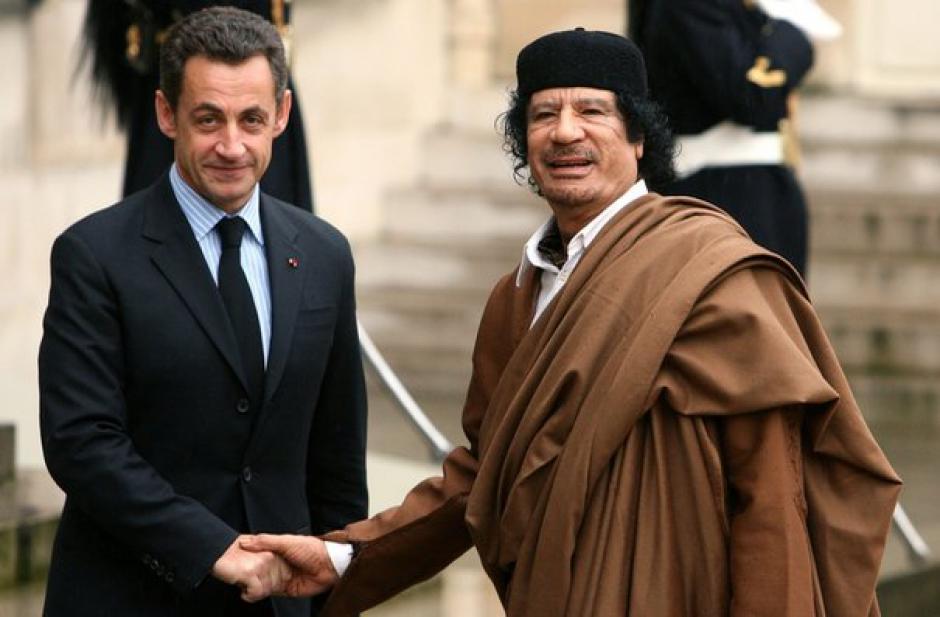 Voilà que Sarkozy refait « surface ».