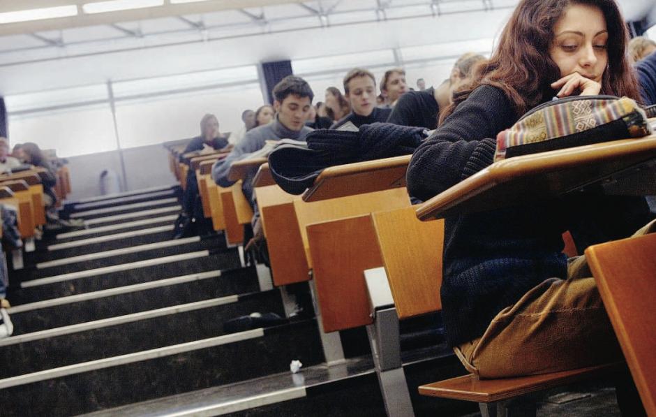 Coût de la vie en hausse. 46% des étudiants contraints de travailler