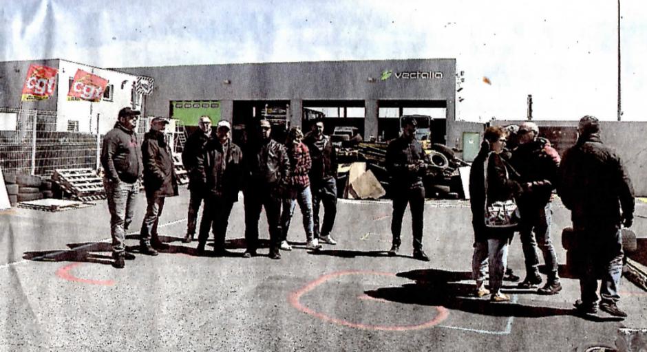 Blocus des bus de l'Agglo. La grève se durcit chez Vectalia