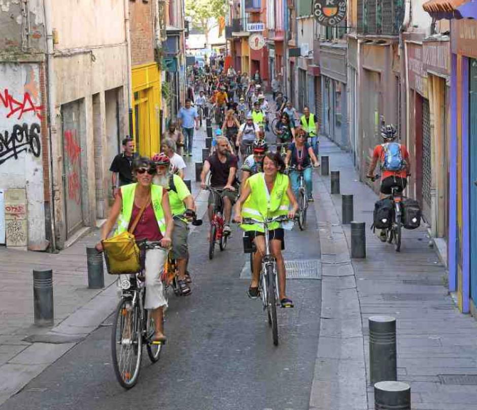 Ils manifestent en vélo pour le climat et contre le projet de gazoduc