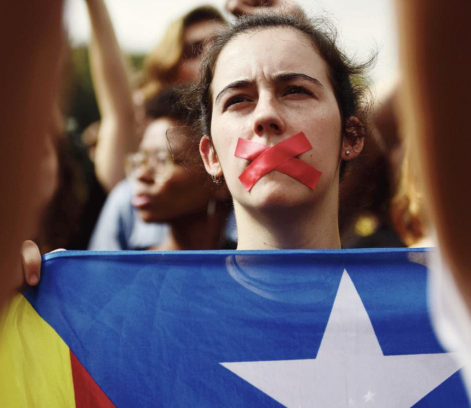 Catalogne. Rajoy conspué par l'opinion mais adoubé par l'Europe